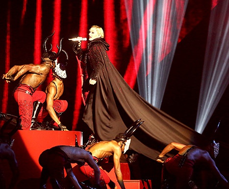 1425415658_madonna-brit-awards-467