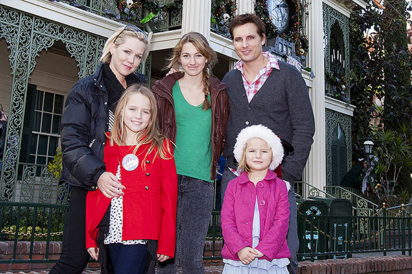 Peter Facinelli And Jennie Garth At Disneyland's Haunted Mansion Holiday