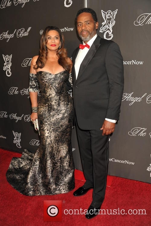 tina-knowles-richard-lawson-angel-ball-2014_4423009