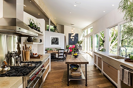 Patrick-Dempsey's-kitchen-467