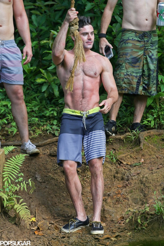 Shirtless-Zac-Efron-Rope-Swing (1)
