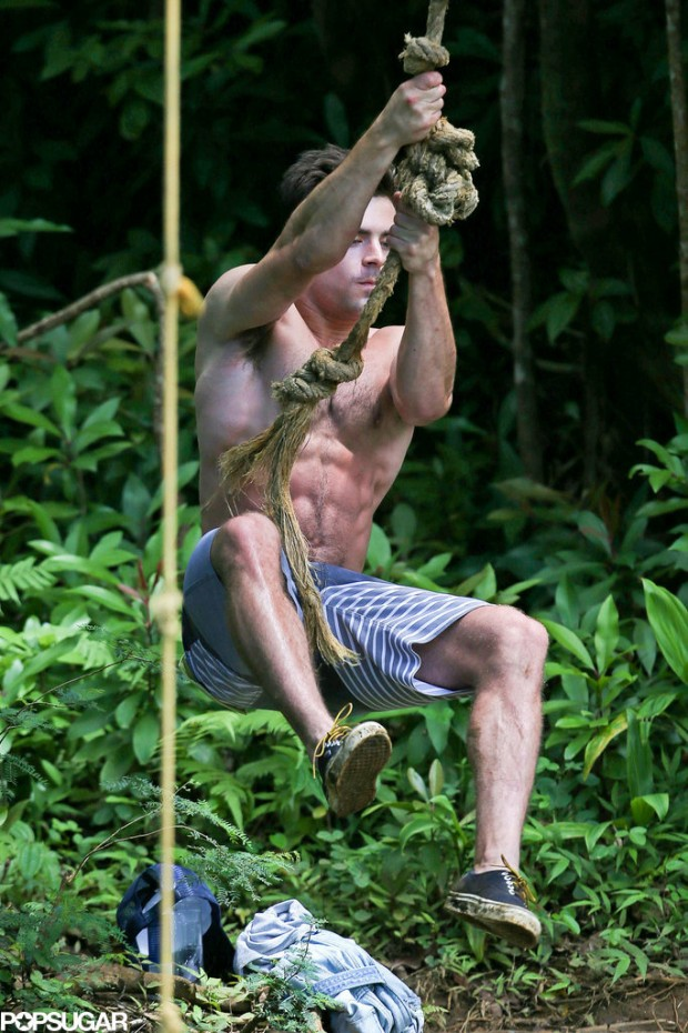 Shirtless-Zac-Efron-Rope-Swing (5)