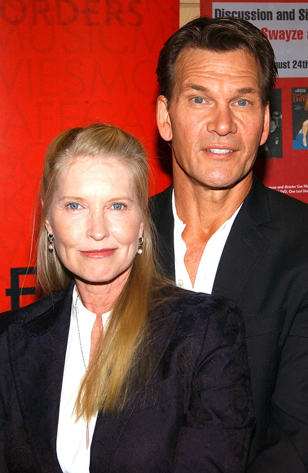 Patrick Swayze Appears At Borders Bookstore