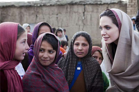 angelina_jolie_afghanistan