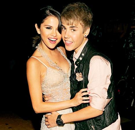 120630214_Selena-Gomez-Justin-Bieber-467