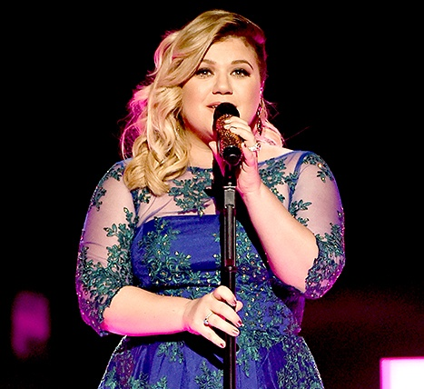 1443645274_kelly-clarkson-467