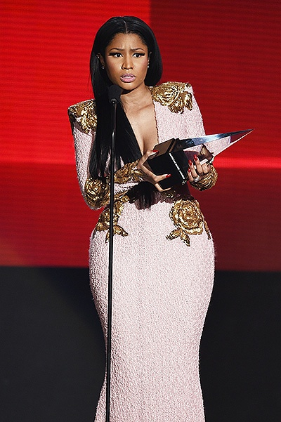LOS ANGELES, CA - NOVEMBER 22:  Rapper Nicki Minaj accepts Favorite Rap/Hip-Hop Artist award onstage during the 2015 American Music Awards at Microsoft Theater on November 22, 2015 in Los Angeles, California.  (Photo by Kevin Winter/Getty Images)