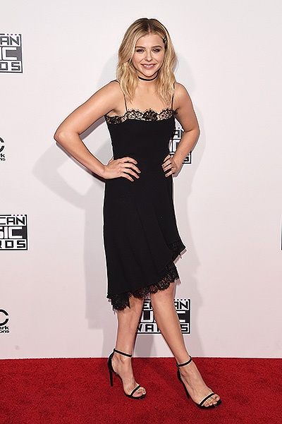 LOS ANGELES, CA - NOVEMBER 22:  Actress Chloe Grace Moretz attends the 2015 American Music Awards at Microsoft Theater on November 22, 2015 in Los Angeles, California.  (Photo by Jason Merritt/Getty Images)