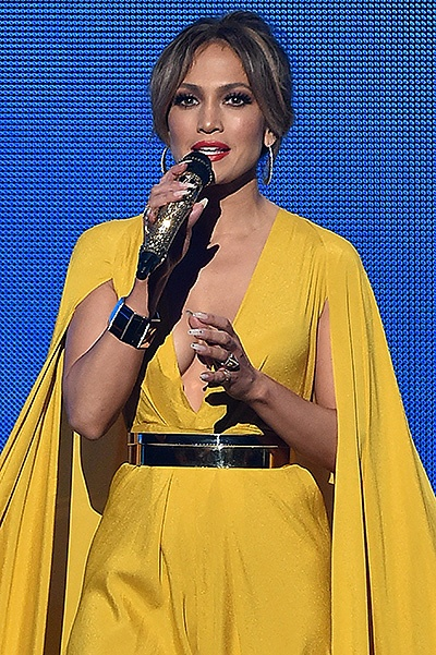 LOS ANGELES, CA - NOVEMBER 22:  Host Jennifer Lopez speaks onstage during the 2015 American Music Awards at Microsoft Theater on November 22, 2015 in Los Angeles, California.  (Photo by Kevin Winter/Getty Images)