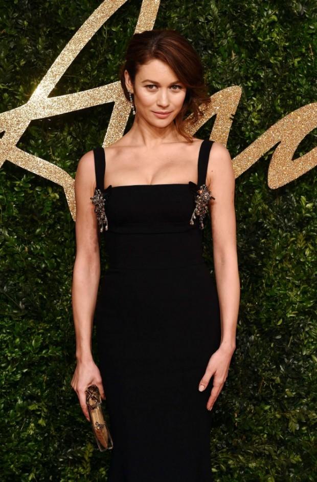 Olga-Kurylenko--British-Fashion-Awards-2015--03-662x1005