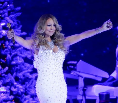 hallmark-channel-presents-mariah-carey_5060356