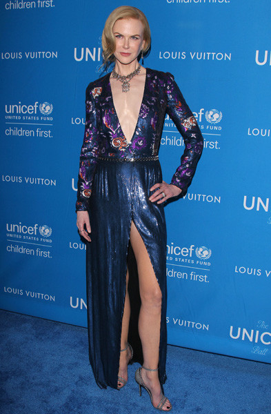 Николь Кидман вышла в свет в эротичном платье