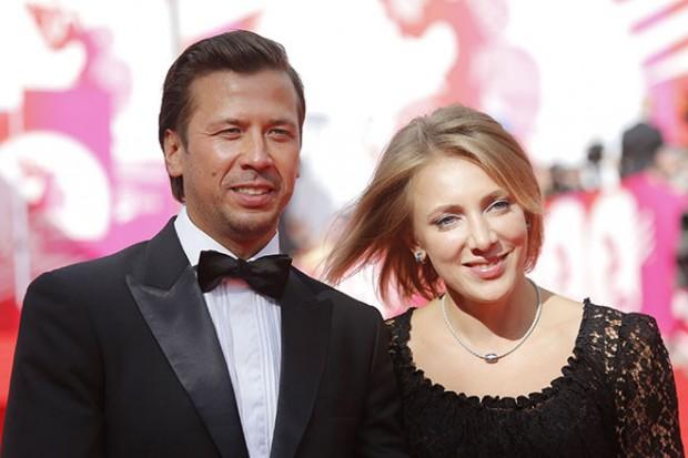 Актер Андрей Мерзликин с супругой Анной