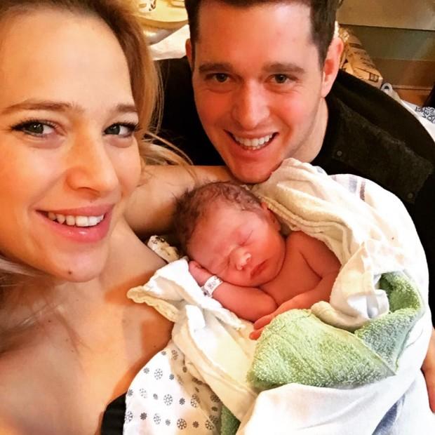 Звезда «Мятежного пути» Луисана Лопилато во второй раз стала мамой