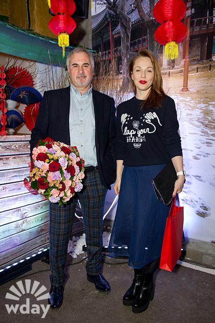 Меладзе и Джанабаева впервые вышли в свет как пара