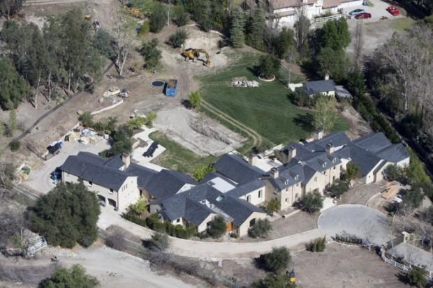 Ким Кардашьян и Канье Вест продали дом своей мечты - 5