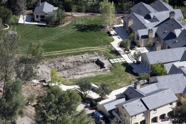 Ким Кардашьян и Канье Вест продали дом своей мечты - 6