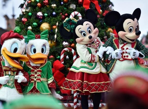 0418-disney-christmas-parade-getty-3