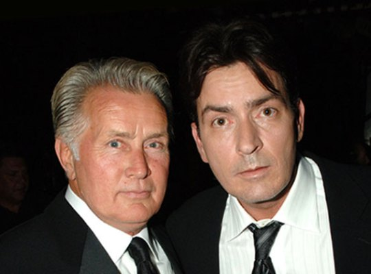 charlie-sheen-hiv-positive-martin-sheen-father-monster-son-pp1