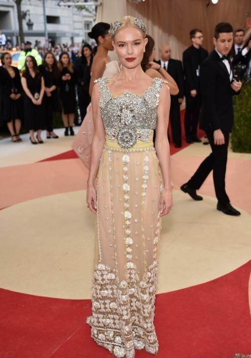 Кейт Босуорт в платье из новой коллекции Dolce & Gabbana