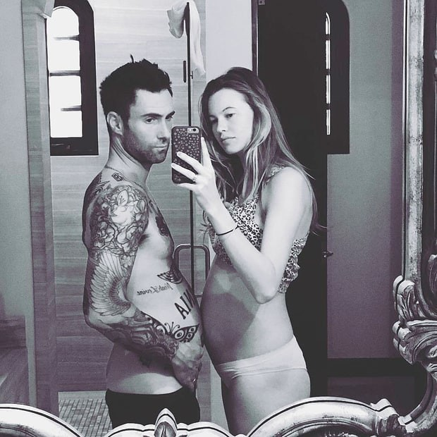 behati-adam-instagram-zoom-974a033b-df50-441d-a45f-97b8af53981e