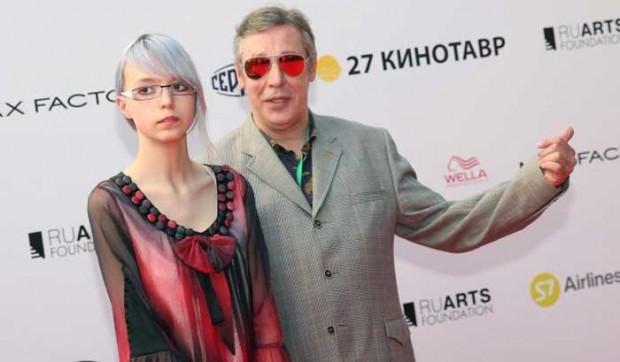 Anna-Mariya-Efremova-01