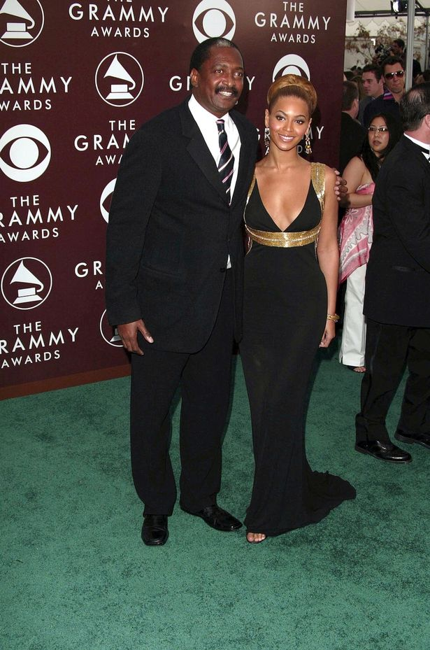 Beyonce-Knowles-and-Matthew-Knowles