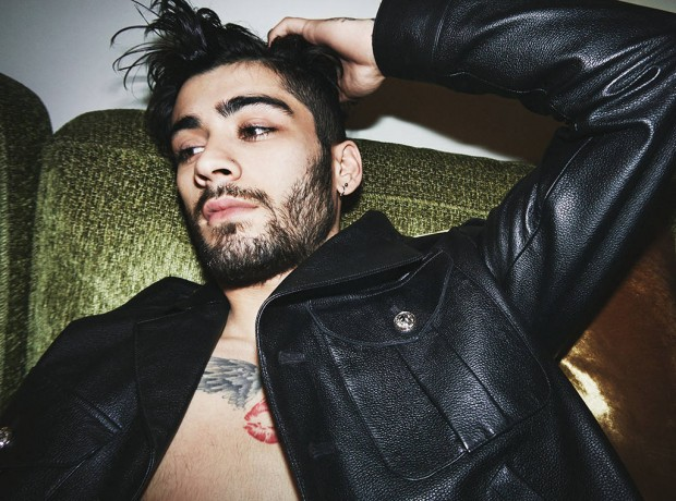 rs_1024x759-170308101820-1024-zayn-photographed-by-gigi-versace-2