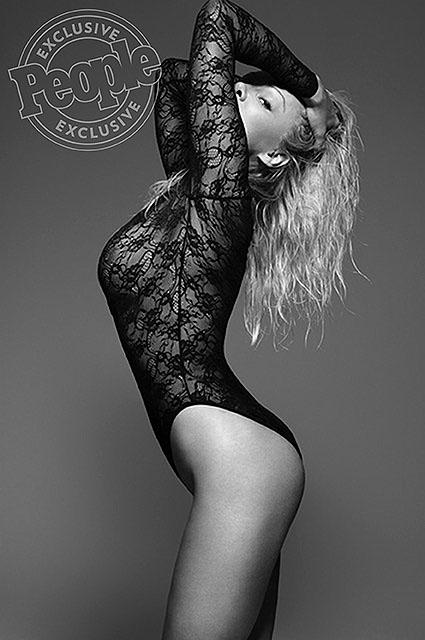 Pamela Anderson Coco de MerCredit: Rankin