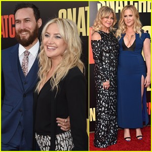 kate-danny-make-their-red-carpet-debut-at-snatched-premiere