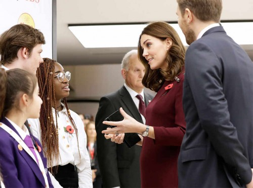 rs_1024x759-171108052823-1024-Kate-Middleton-JR-110817[1]