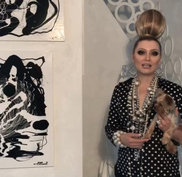 Алексей Клоков исполнил греческий каприз Лены Лениной - 1