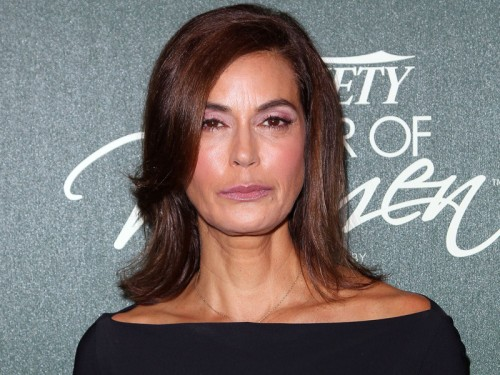 Teri-Hatcher-Meconnaissable-a-cause-du-botox-Diaporama[1]