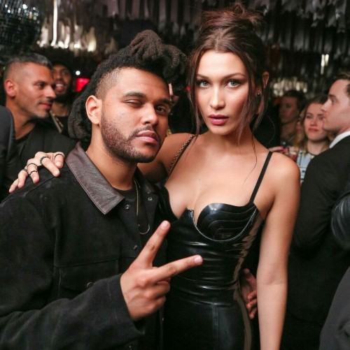the_weeknd_i_bella_hadid_v_chernom_plate[1]