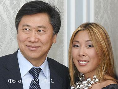 Анита Цой с мужем