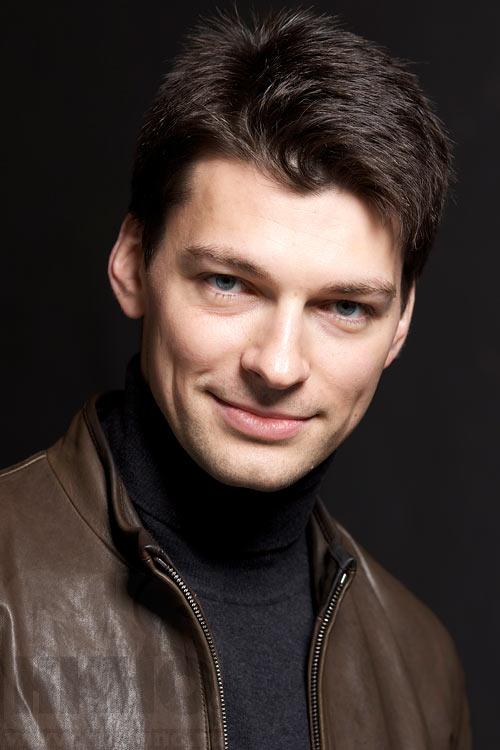 Daniil Strahov - Pagina 6 Daniil-strahov-stal-mechtoi-rossiiskih-jenshin