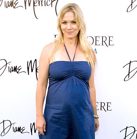 jennie-garth-pregnant-inline