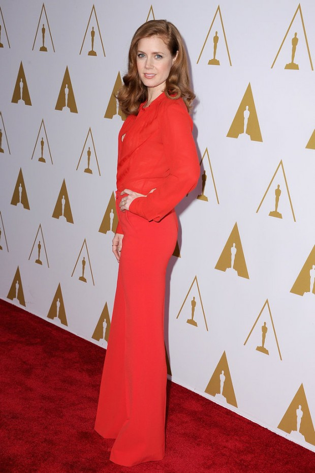 Amy-Adams-looked-ravishing-red