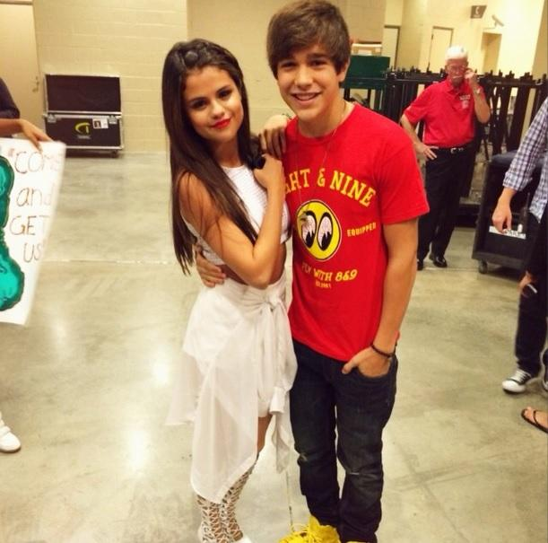 selena-gomez-and-austin-mahone