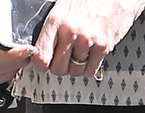tori-spellin-wedding-ring